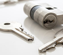 Commercial Locksmith Services in Riviera Beach, FL